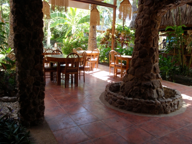 Casa del Sol Yoga & Surf Camp - dining area