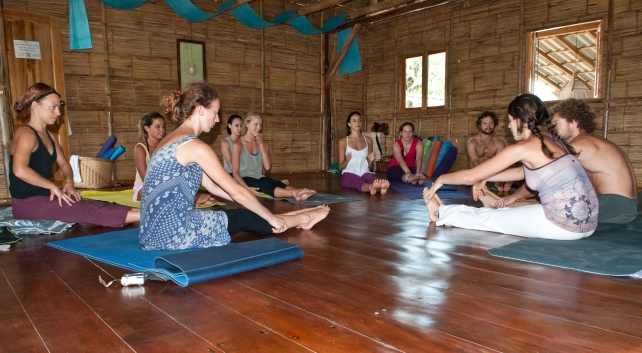 PAST EVENTS - Anusara Inspired Yoga/Thai Massage/AcroYoga Retreat - acroyoga workshop in Estudio Casa del Sol