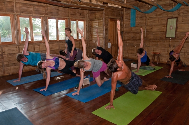 Vinyasa All Levels - Class in Vasisthasana