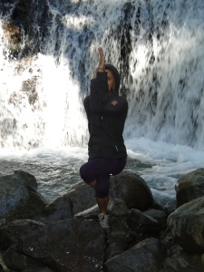 Garudasana_Whitney Bennett_Yoga Montanita_Estudio Casa del Sol